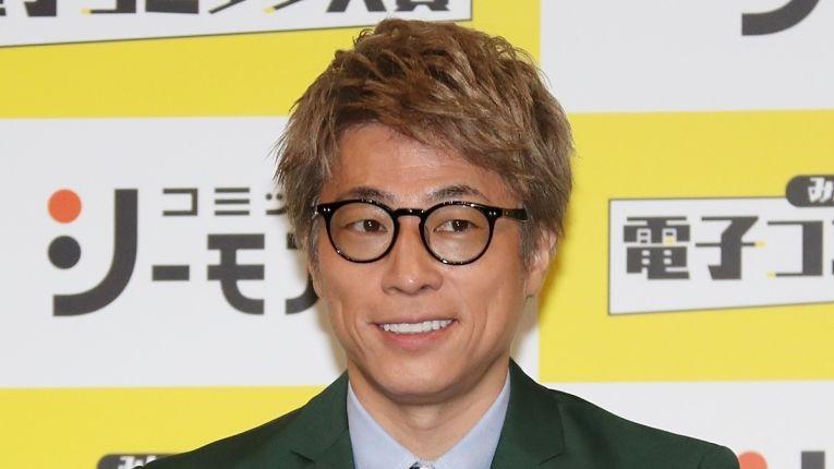 Comediante Atsushi Tamura desistiu de participar da corrida com a tocha olímpica após falas sexistas de Yoshiro Mori