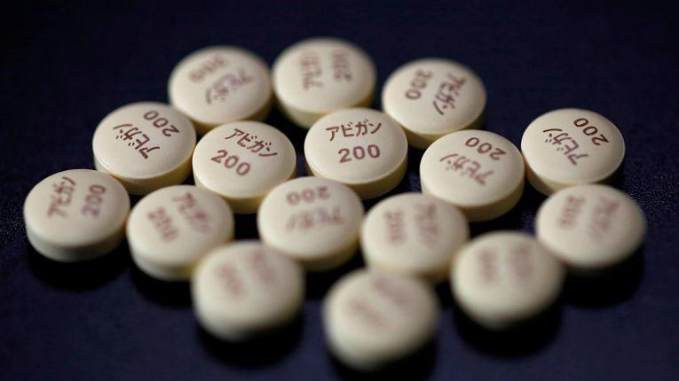 FIjifilm Holdings Corp. retomará ensaio clínico de sua droga Avigan para o tratamento da COVID-19. Foto por AIssei Kato