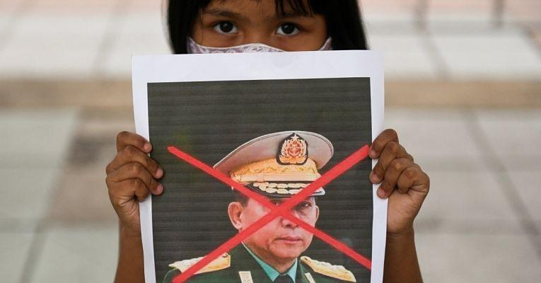 Situação em Myanmar está cada vez mais tensa desde que o golpe militar foi dado em 1° de fevereiro