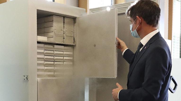 Imunizantes da Pfizer-BioNTech precisam ser armazenados a -75°C