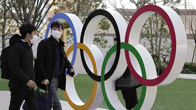 Pandemia e problemas internos podem prejudicar a realização dos Jogos Olímpicos de Tokyo no verão de 2021. Foto por Kimimasa Myama