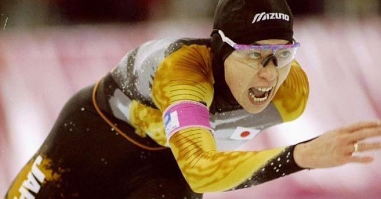 Medalhista, Hashimoto defendeu o Japão por sete vezes nos Jogos Olímpicos (quadro edições de inverno e três de verão