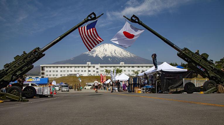 O artigo 5° do tratado de defensa entre Japão e EUA incluem a manutenção do status quo das ilhas disputadas entre Beijing e Tokyo. Foto por Karis Mattingly