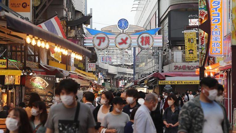 Com 323 novos casos registrados, prefeitura de Osaka ultrapassou Tokyo pela primeira vez no ano o número de contaminados em um dia