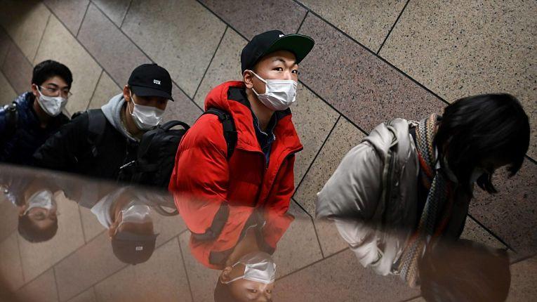 Medidas de restrição do estado de emergência seguem vigentes na Região Metropolitana de Tokyo. Foto por Charly Triballeau