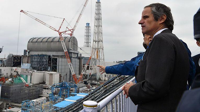Diretor-geral da IAEA Rafael Mariano Grossi visitou a planta nuclear de Fukushima Daiichi em 2020