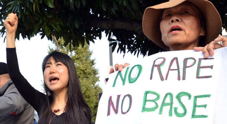Mulheres são as maiores vítimas de crimes cometidos por militares estadunidenses estacionados em Okinawa desde 1945