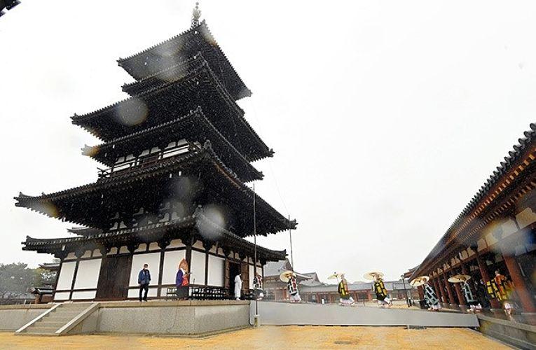 Pagode Leste do templo Yakushi-ji reabriu parcialmente para o público nessa segunda-feira
