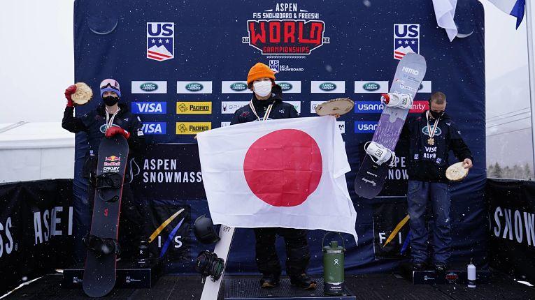 Yuto Totsuka conquista primeiro título mundial. Foto por Michael Madrid.