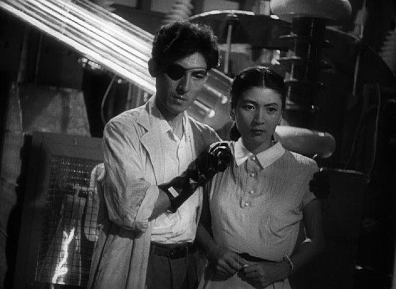 Personagens Dr. Serisawa e Emiko no filme Gojira 1954