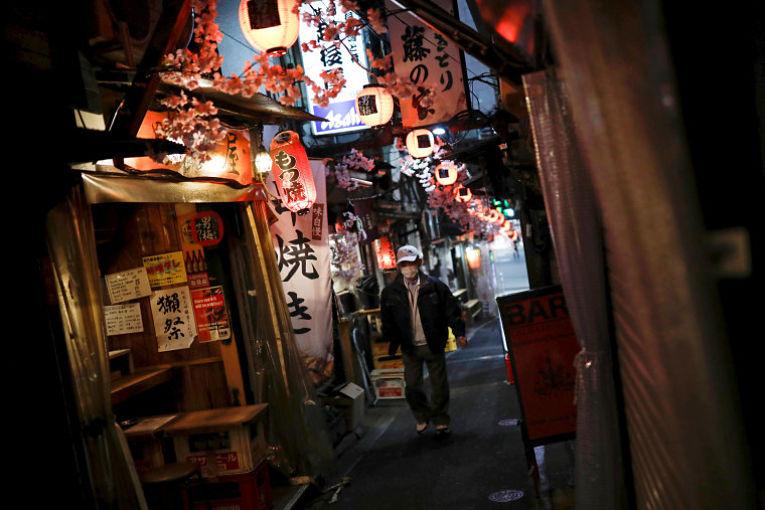 O Japão pretende utilizar a mão de obra de enfermeiras fora do mercado de trabalho para auxiliarem no programa de vacinação do país