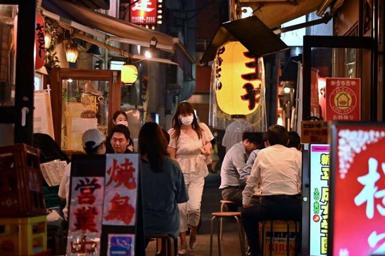 Após duas semanas da extensão do estado de emergência, a Região Metropolitana de Tokyo (Saitama, Chiba, Kanagawa e Tokyo) e outras 8 prefeituras manterão o estado de quase-emergência até o dia 11 de julho