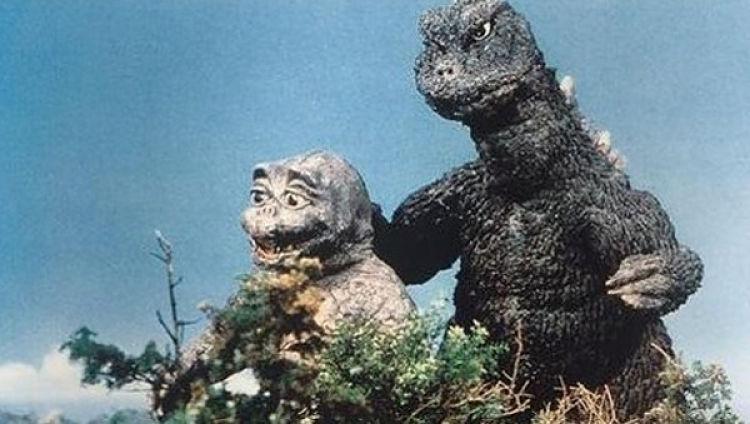 Gojira ao lado de seu filho