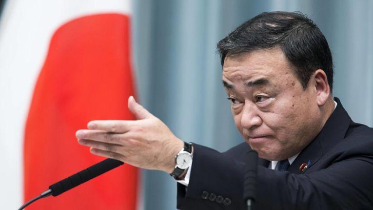 Hiroshi Kajiyama, Ministro da Economia, Comércio e Indústria do Japão. Foto por Tomohiro Ohsumi/Bloomberg