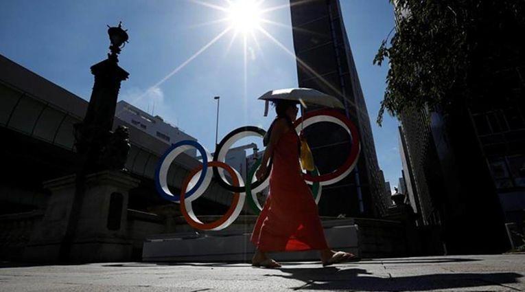 Oito pessoas que trabalharam nos Jogos Olímpicos de Tokyo e voltaram para seus países de origem foram infectados ainda no Japão. No total, foram 516 pessoas ligadas diretamente aos jogos foram contaminadas desde 1° de julho