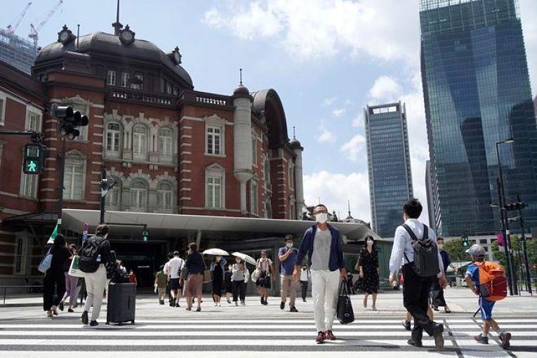 O Japão registrou nesta terça-feira (3) o segundo dia com o maior número de contaminados no ano de 2021. Com o drástico aumento de hospitalizações, profissionais de saúde temem a sobrecarga no sistema de saúde do país