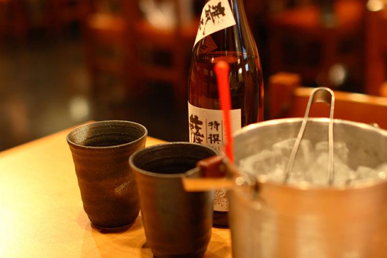 Como beber shochu